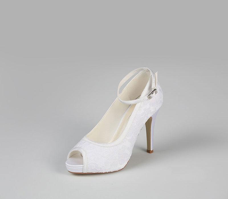 G. Westerleigh Leila menyasszonyi szaténcipő - Royal Szalon 142be7433c