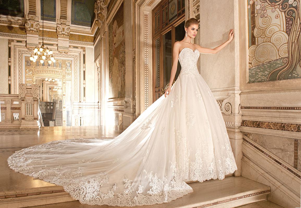 Demetrios 4330 menyasszonyi ruha pánt nélküli f2ec47ece4