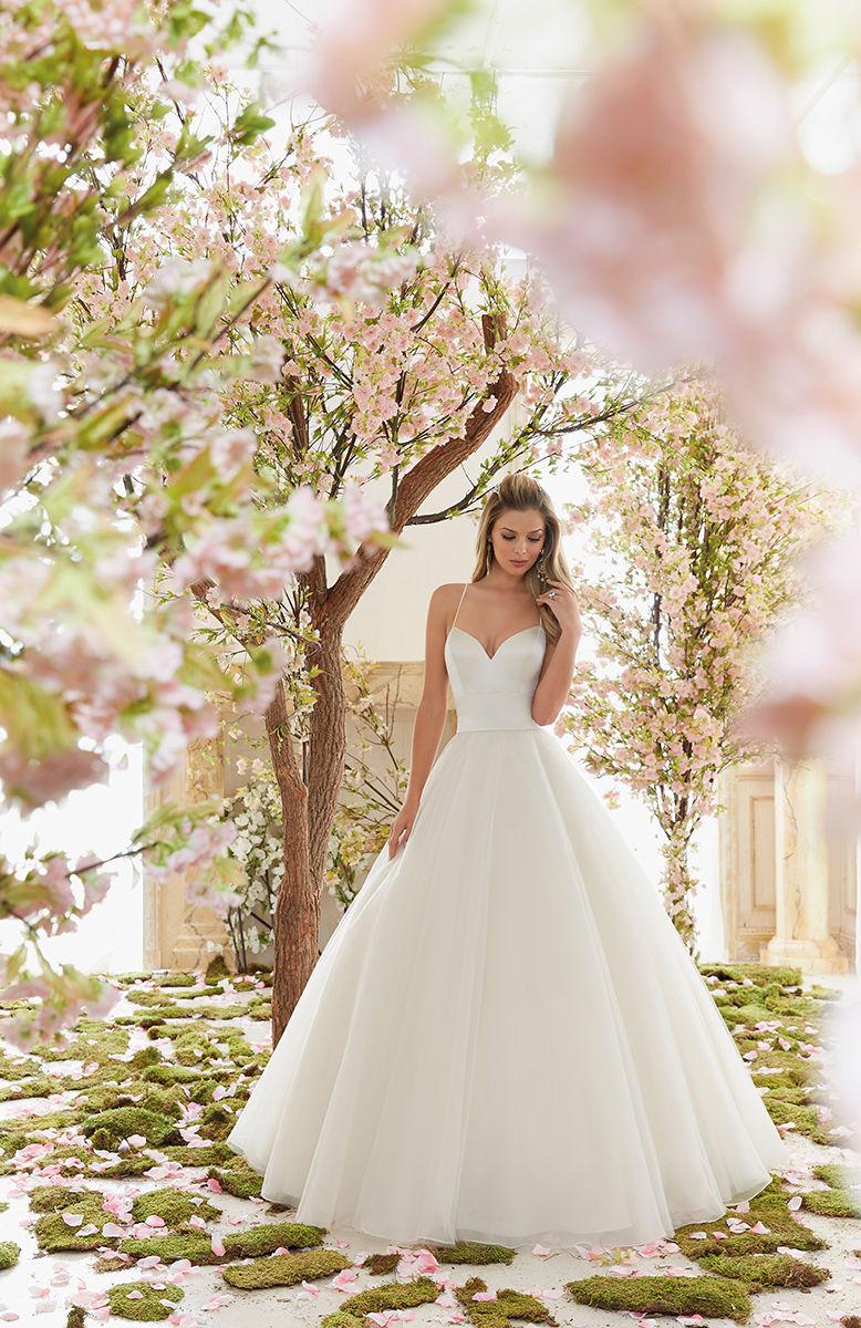 Mori Lee 6831 menyasszonyi ruha - Royal Szalon Kiskunhalas 0192b1bfec